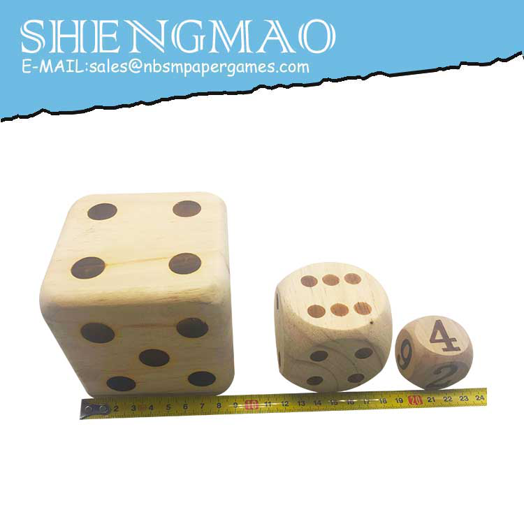 Solid Wood Color Points Dice