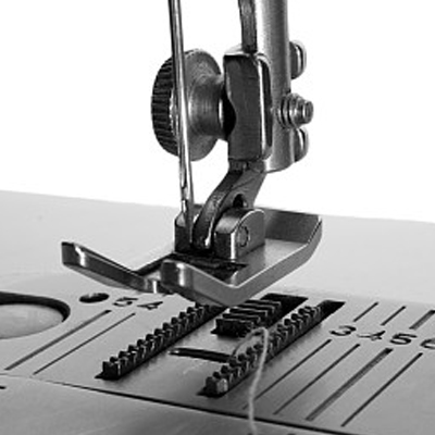 재봉틀 산업의 브랜드 개발 부족