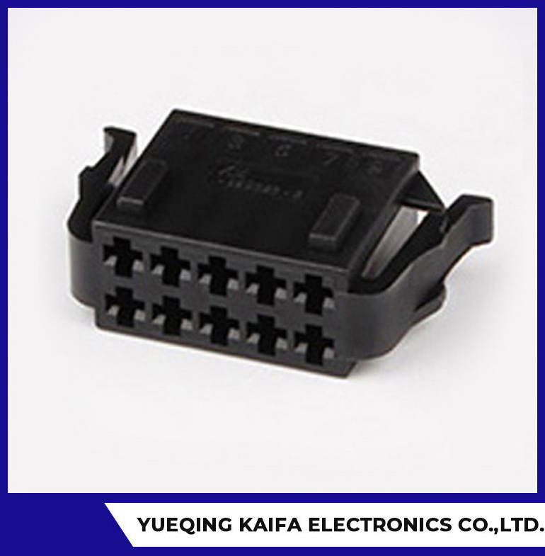 10 Pin Auto Electrical Connector Plug