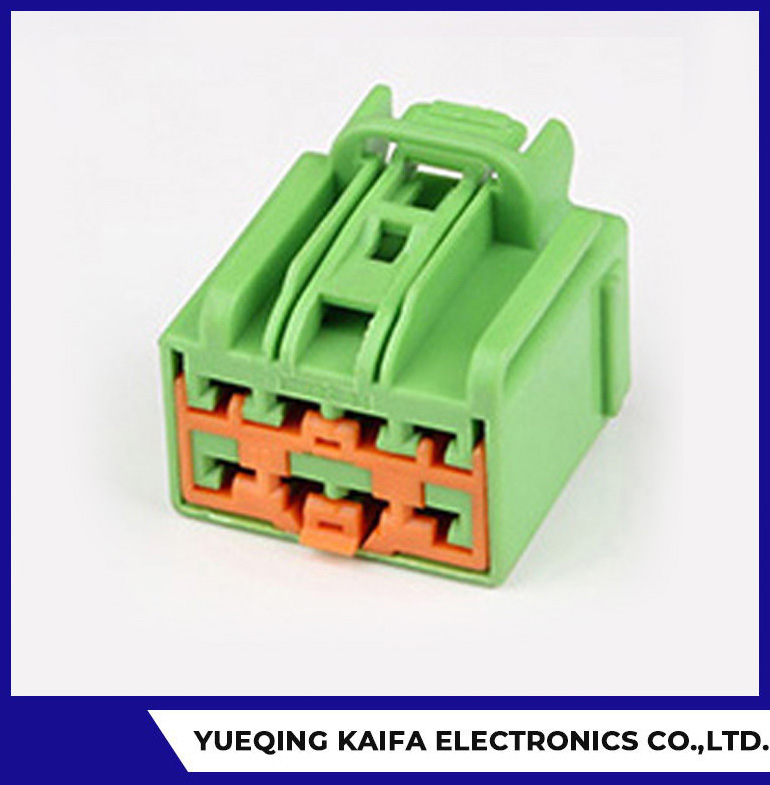 8 Pin DT Housing Connector