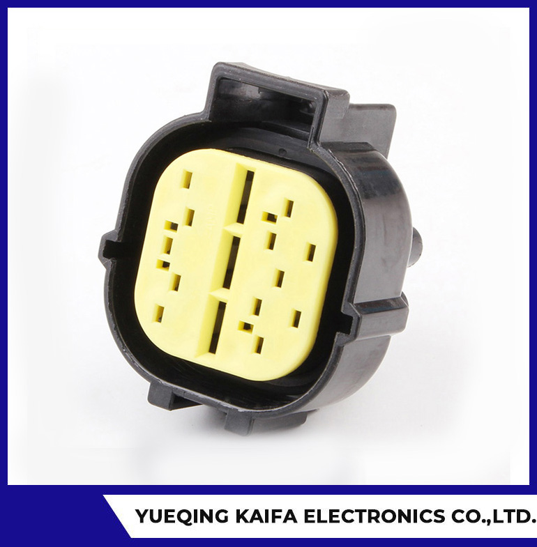 Conector eléctrico automotriz