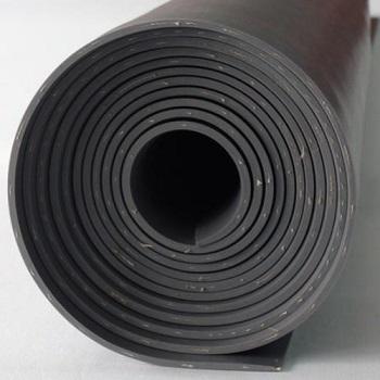 Feuille de caoutchouc renforcer avec un chiffon