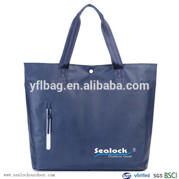 αδιάβροχο φέρω συγκολλημένος τσάντα