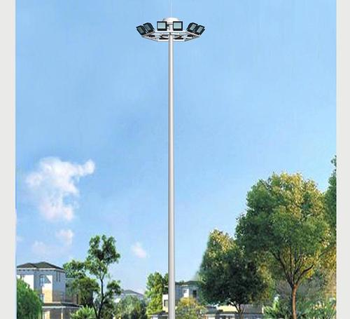 High pole lamp manufacturers talk about how to choose battery panels for street lamp poles of different heights