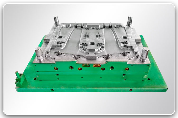 Plastic Injection Mold for Auto Parts 1-2