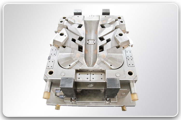 Plastic Injection Mold for Automotive Parts 3-1