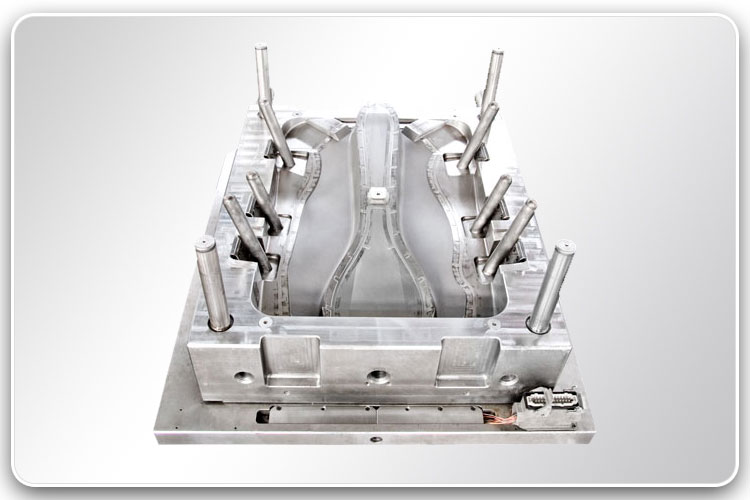 Plastic Injection Mold for Automotive Parts 5-1