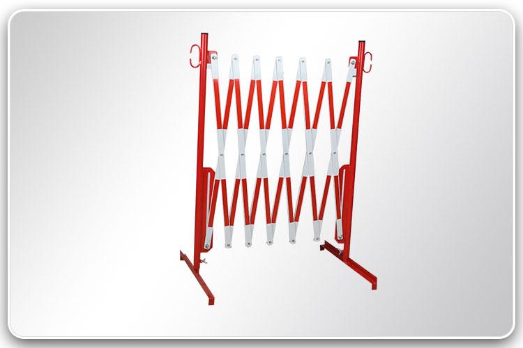 Fixed Feet Standard Barrier R+W