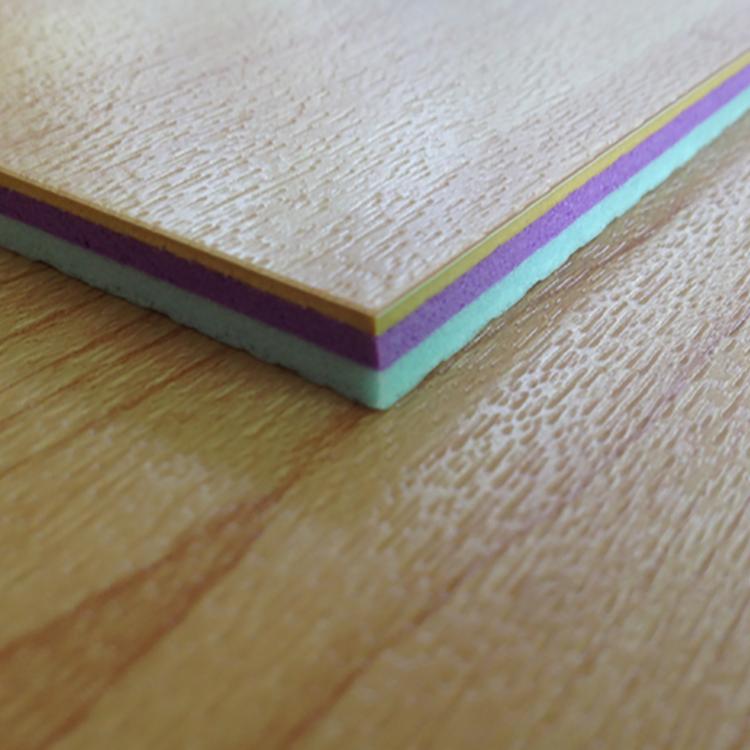6.0mm kõrgkvaliteediline mitmekordne spordipuit - libisemisvastane PVC spordipõrand