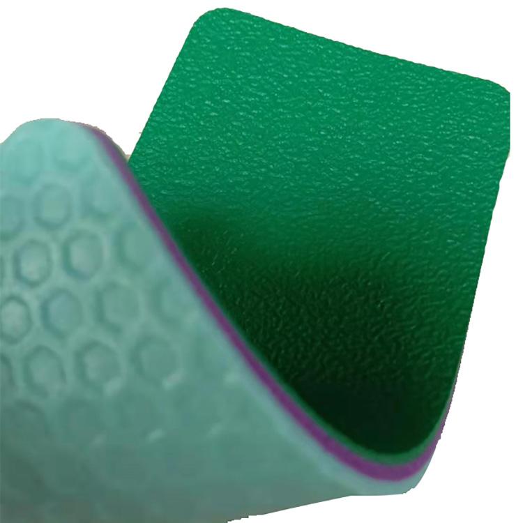 BWF одобрил 4,5-миллиметровое покрытие для бадминтона из ПВХ