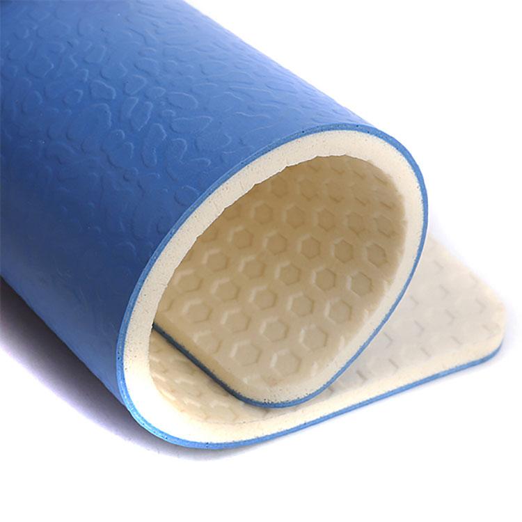 Pavimentazione sportiva in PVC di facile installazione per campi da tennis portatili