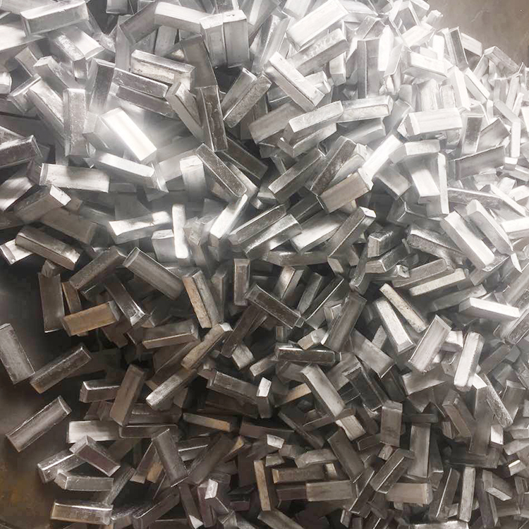 hliník Boron rez cast bar