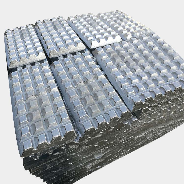 الألومنيوم البزموت عنصر فلزي كعكة بالفواكه