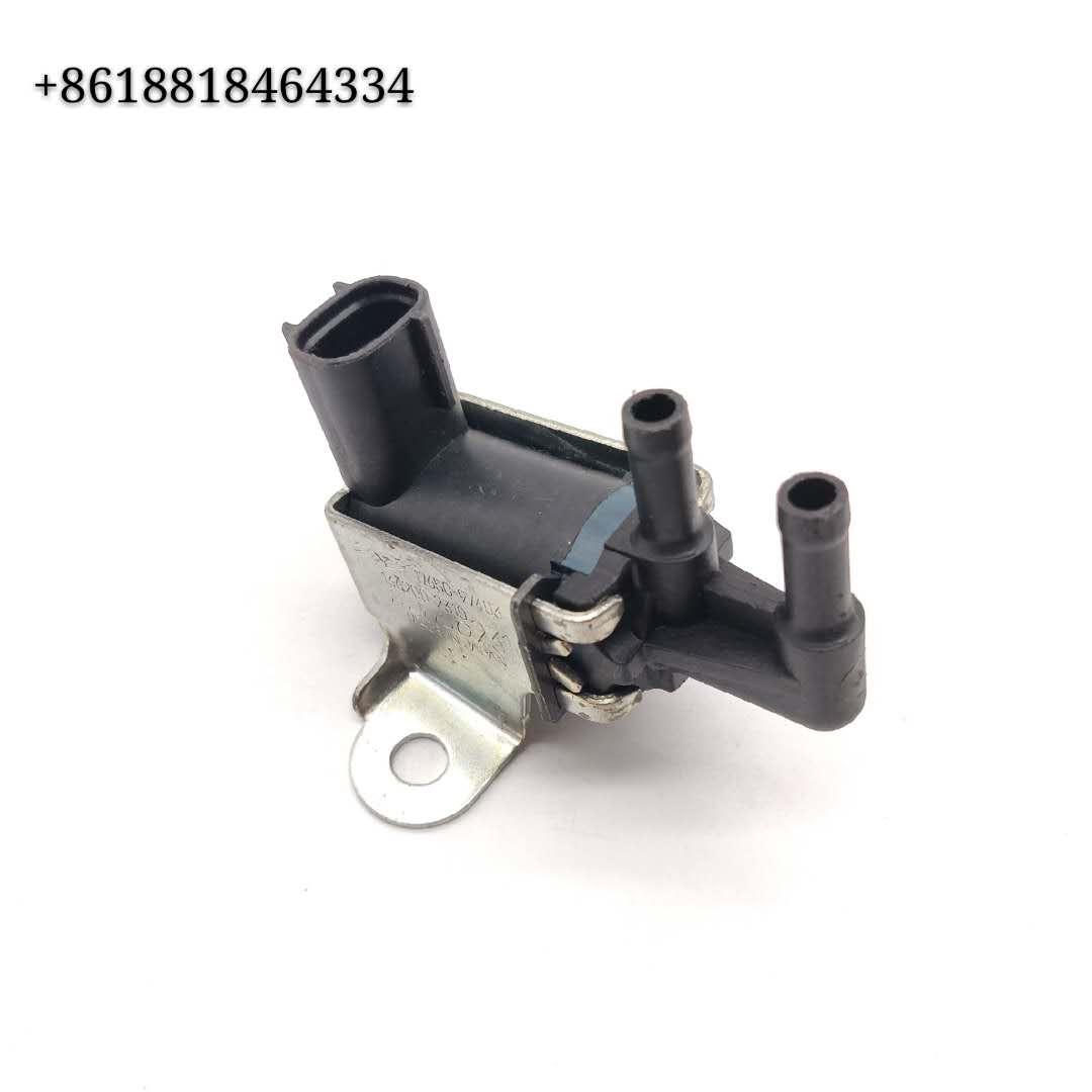 EGR Vacuum Solenoid Switch Valve 17650-97403 136200-2310 for Toyota