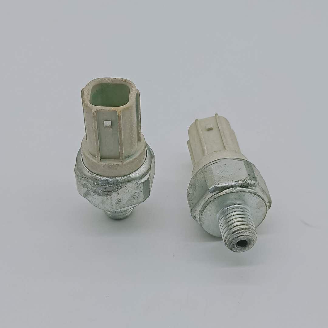 Oil Pressure Sender Switch Parts 28610-RKE-004 28610RKE004 for Honda