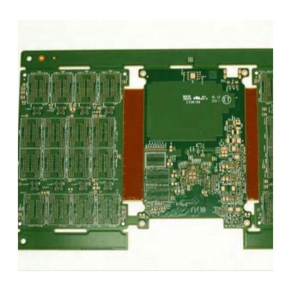 Deska z vícevrstvé desky plošných spojů pro SSD