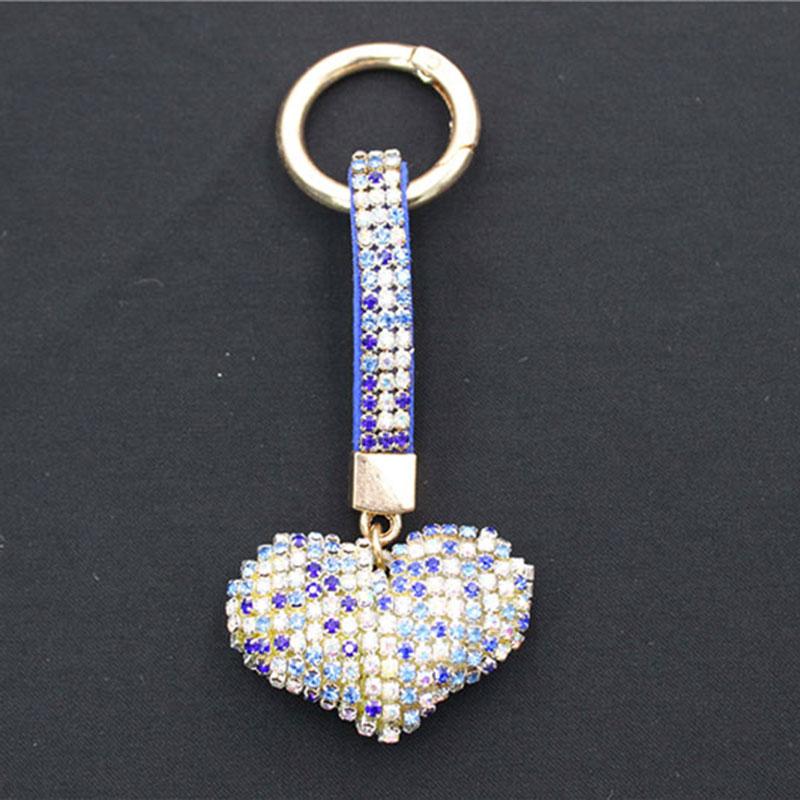 Синџир со клучеви во облик на срце во облик на Rhinestone, во комбинација со топла продажба