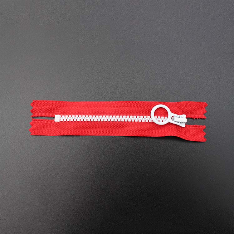 Red Zipper With Plastic Ring