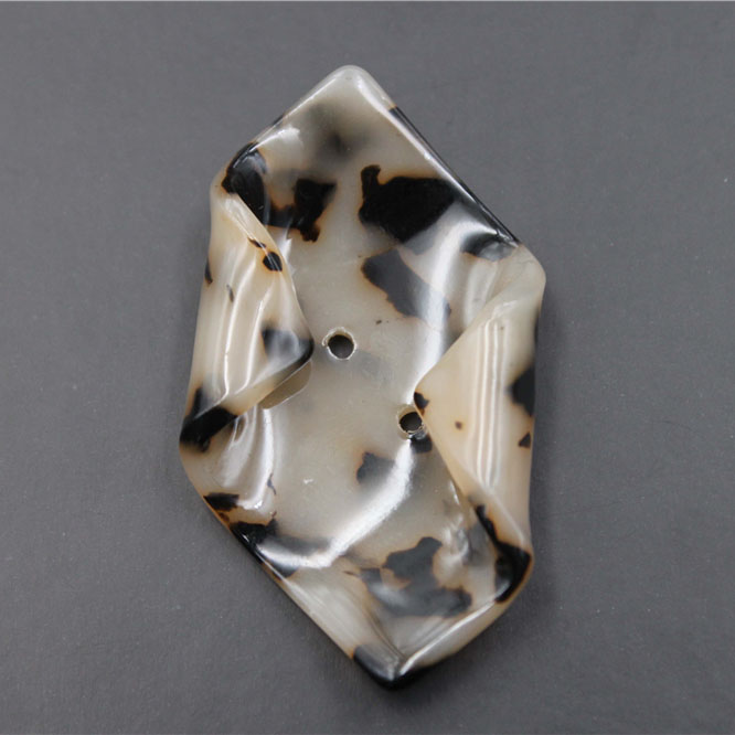 Special-shaped Resin Button