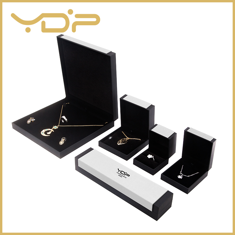 Black And White Jewelry Packaging Box
