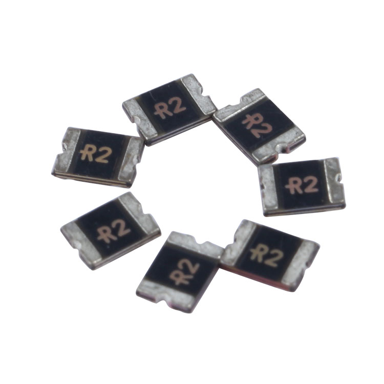 Low Resistance 1210 Surface Mounted PTC Resettable Fuse