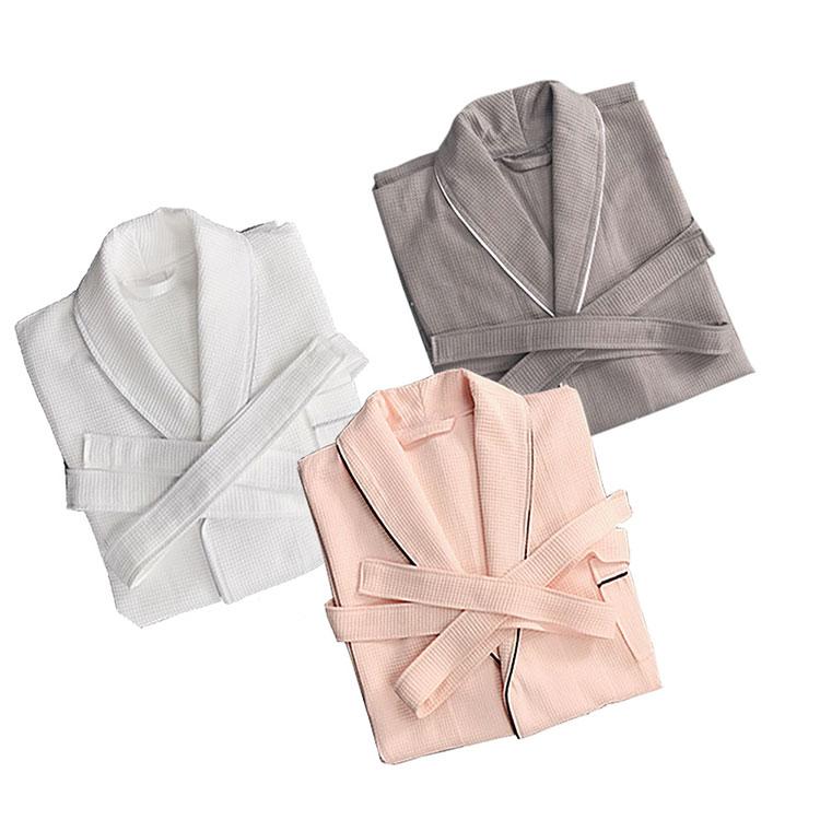 100% Polyester High Quality Cheap Bathrobe