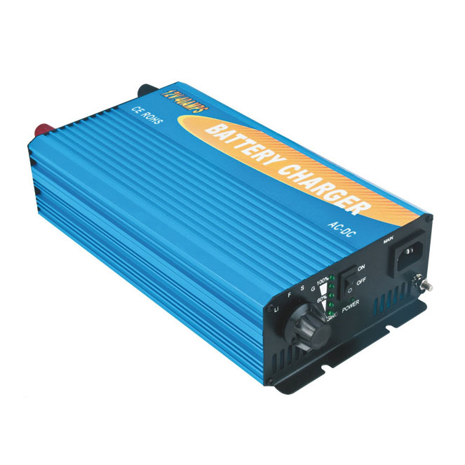 Полнач за батерии 12V 40A