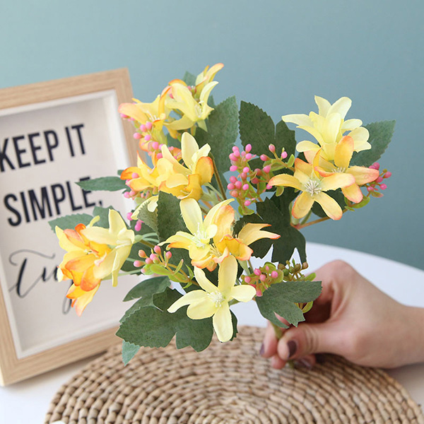 Artificial Flowers 5 Branched Small Daffodils Decorative Bouquet For Home Decoration
