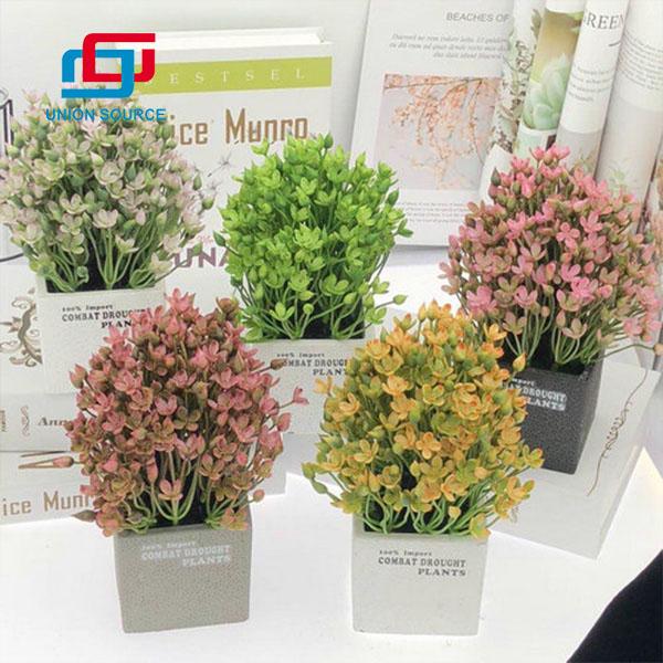 Plantas en macetas cuadradas de flores artificiales para la decoración del hogar