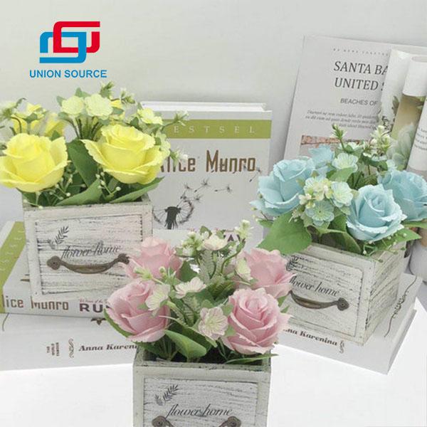 Tipo de cajón de precio competitivo Plantas en maceta de Rose para uso en el hogar y la boda