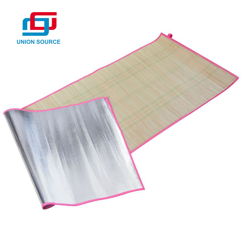 ECO Friendly Promotional Portable Folding Straw Beach Mat For Summer
