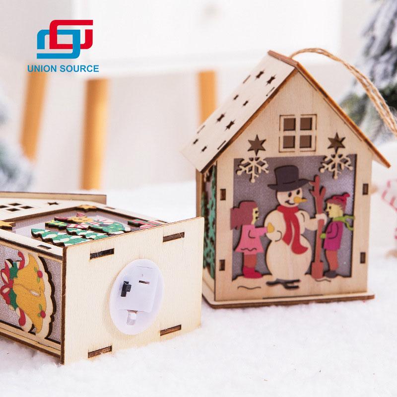 Decoración colgante de casa de madera de Navidad LED
