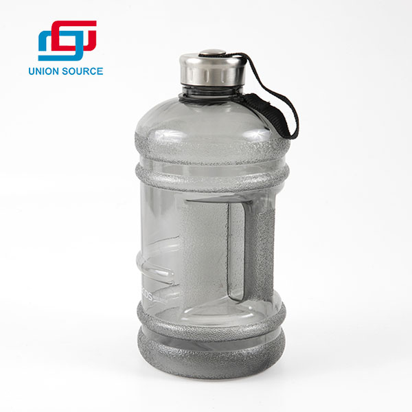 Simple Design Large Capacity Gym Water Bottle