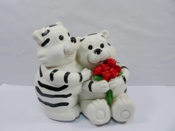 Xmas Ornaments Cost-effective Warm Winter Cheap Resin White Tiger Money Pot