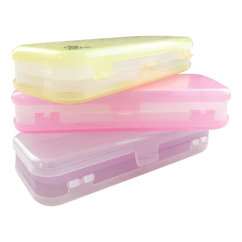 Večbarvna plastična torbica za svinčnike