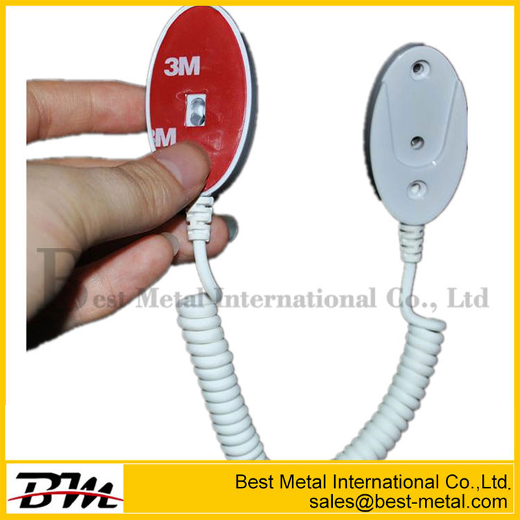 Recoiling Tether For Mobile Phone Display