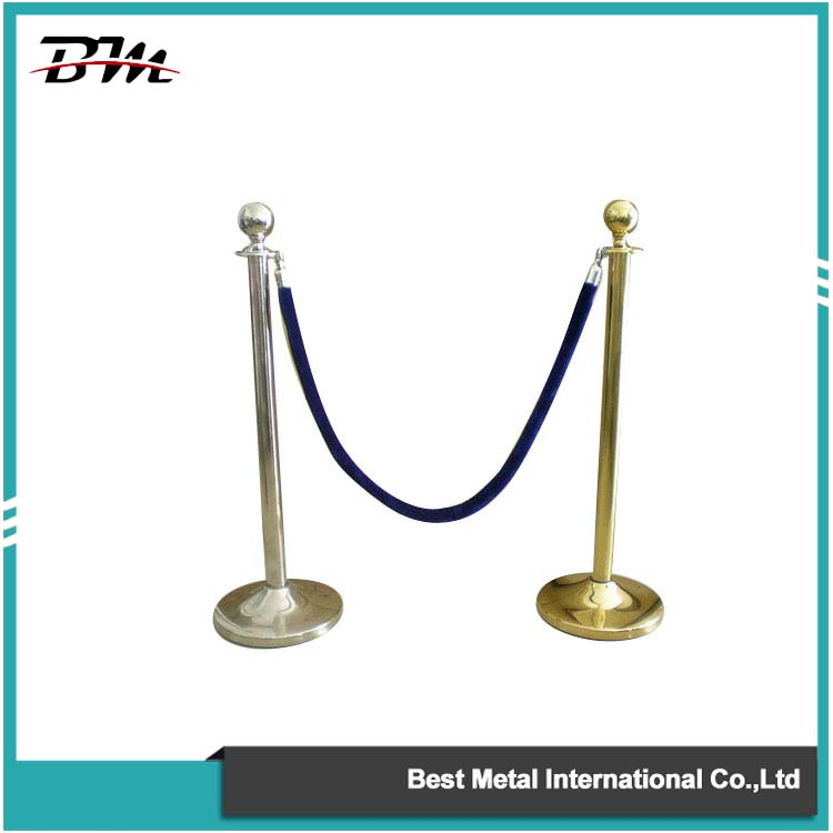 Chrome Rope Barrier Or Stanchion