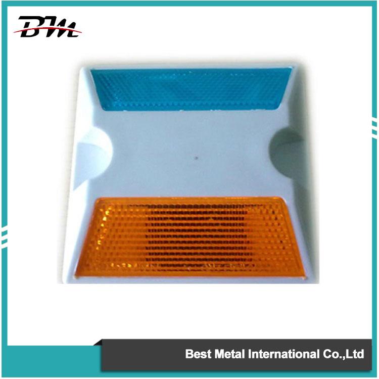 Двосторонні пластикові дорожні шпильки 3M Reflector