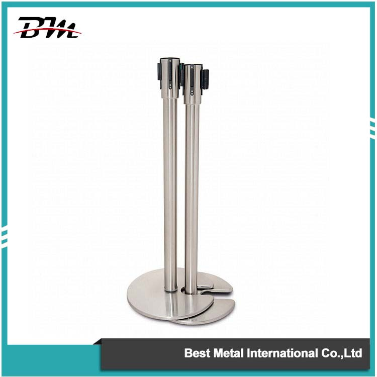 Stackable Crowd Control Stanchion