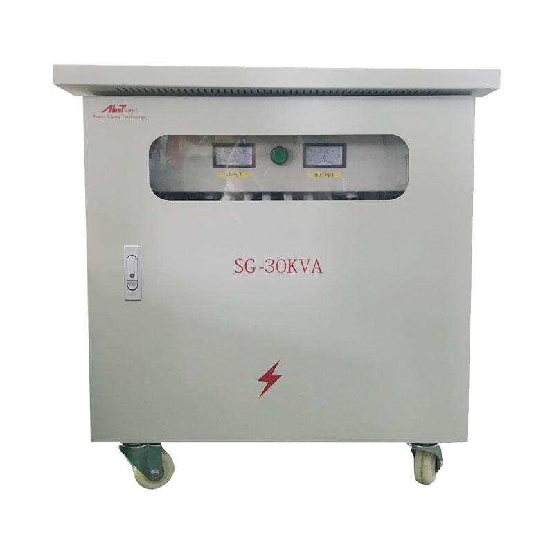 Utilizare în aer liber Transformator de izolare trifazat