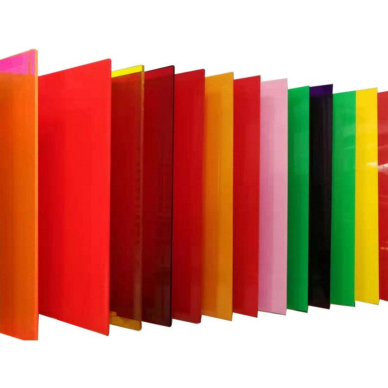 Strato acrilico estruso di colore con buona resistenza agli agenti atmosferici