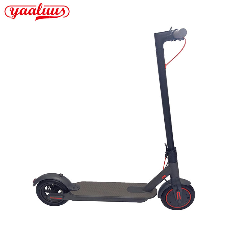Elektrikli Scooter Yetkin Suya davamlıdır