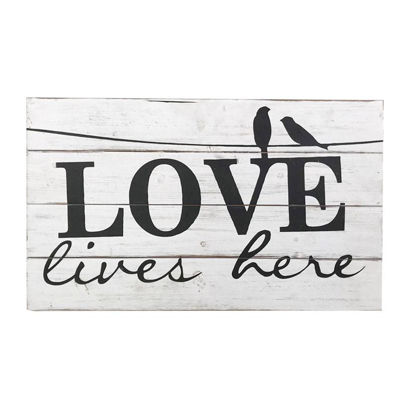 Láska zde žije Rustikální znamení ve stylu farmy