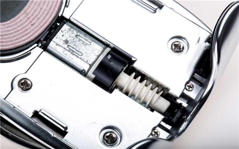 Smart mobile phone holder gearbox with worm