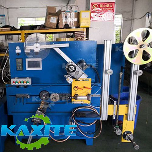 AUTOMATIC WINDING MACHINE FOR MAKING SPIRAL WOUND GASKET