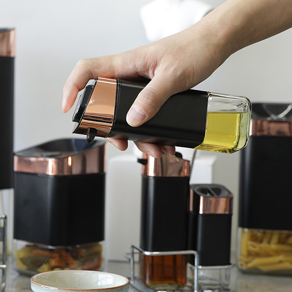 Cube Glass Oil Jar With Jacket Coating Colar