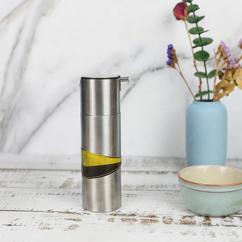 Round Glass Oil Bottle With SS Jacket For Olive Oil
