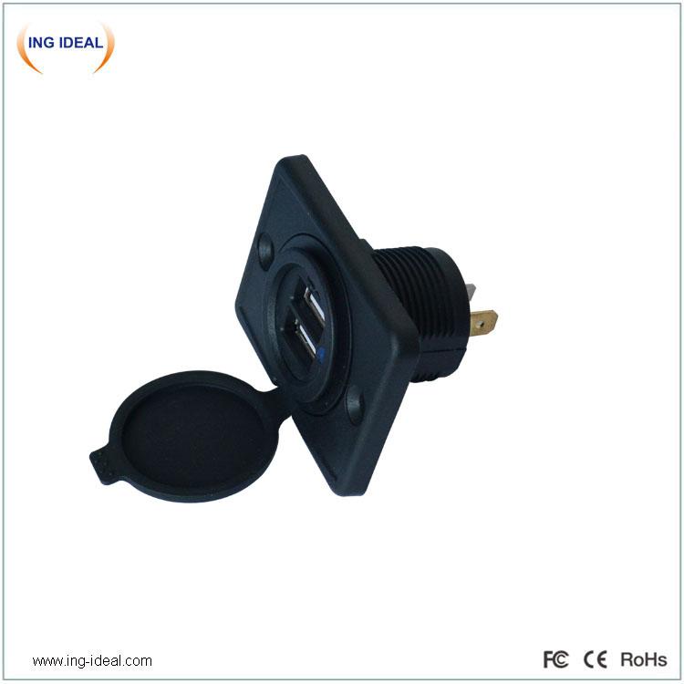 Väikese suurusega kahekordne USB-laadija pistikupesa automaatse pesaga