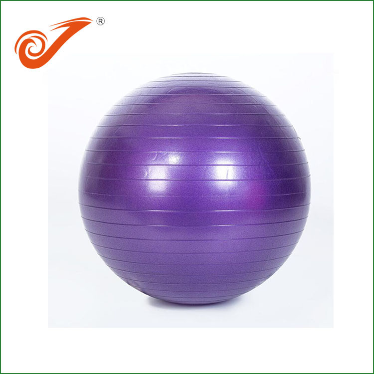What are the methods of practicing yoga balls?