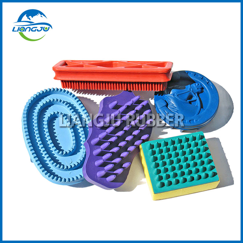 Horse Cleaning Rubber Brushes